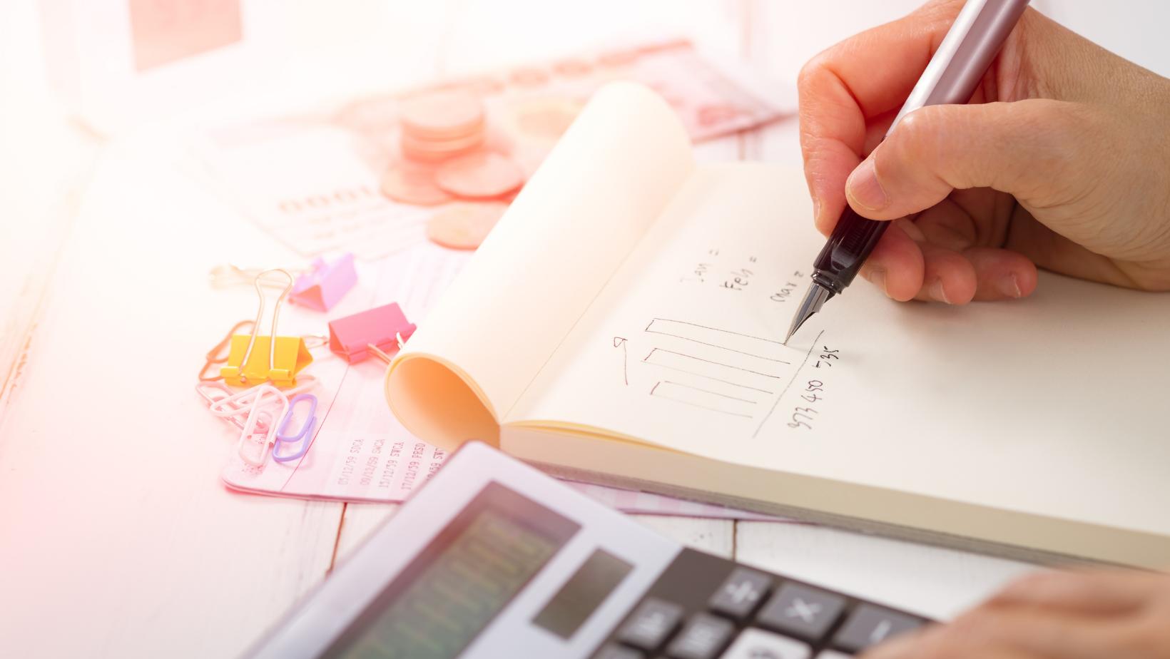 Hoe maak ik een financieel plan op?